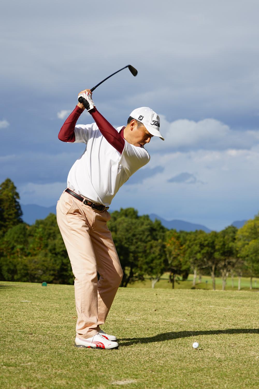岳陽ゴルフ大会36回生フォームトヨちゃん後-3