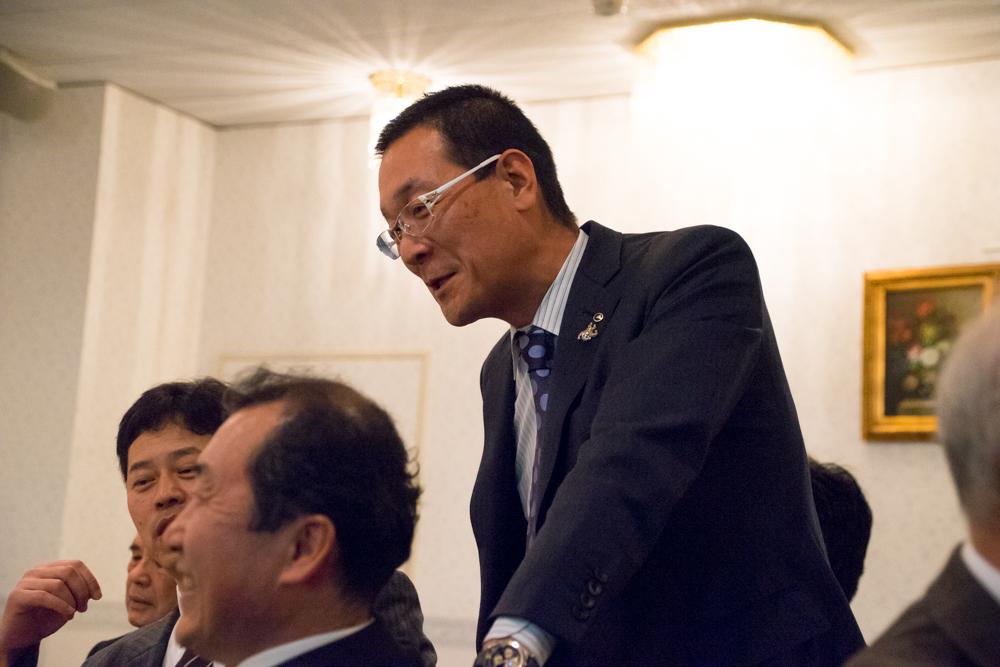 H27年度総会反省会・引継式・懇親会-07335