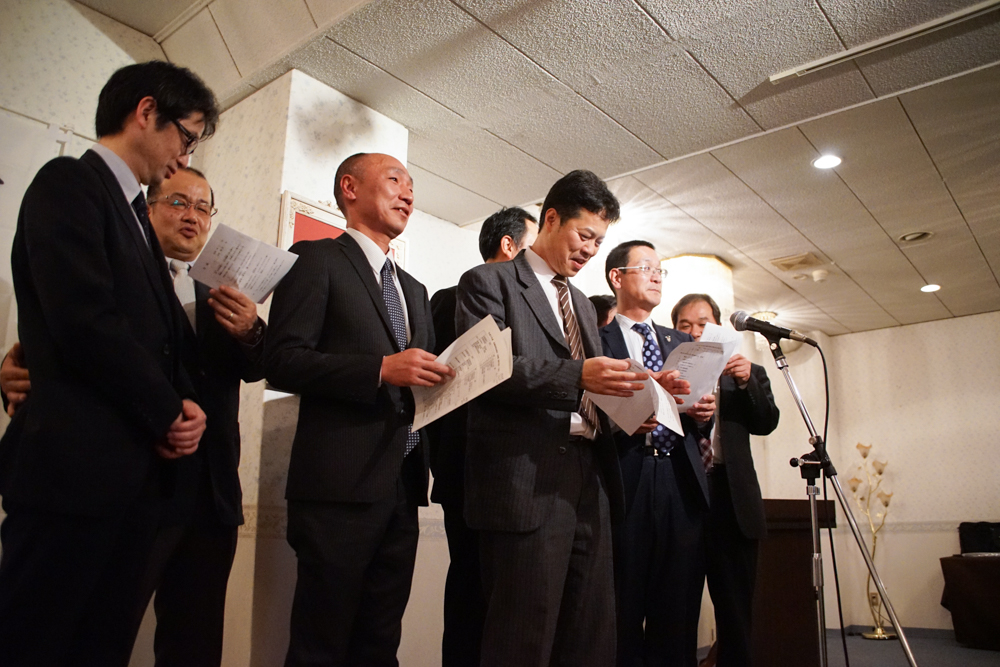 H27年度総会反省会・引継式・懇親会-07416